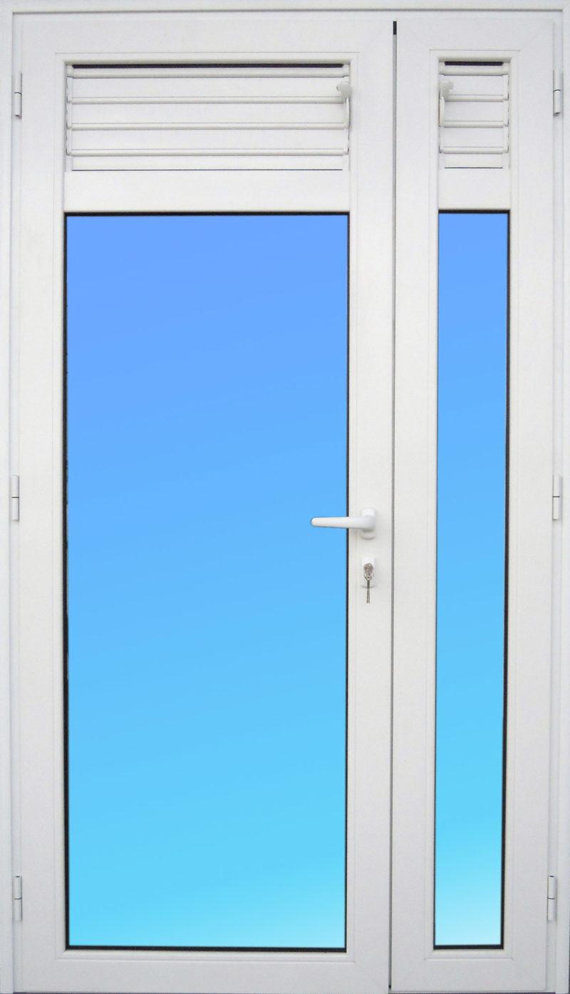 Porte PE23 en aluminium 2 vantaux avec lames ventilantes et vitrage clair MG ALUMINIUM